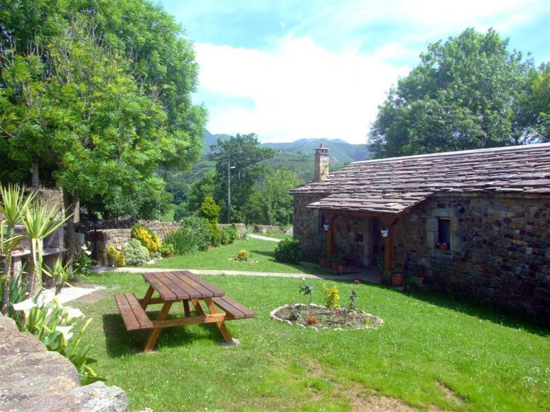 La casa de pando ii casa rural en selaya cantabria - Casas rurales cantabria baratas alquiler integro ...