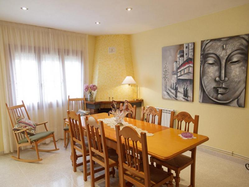 Cal rosset casa rural en calig castell n clubrural for Cocinas castellon precios