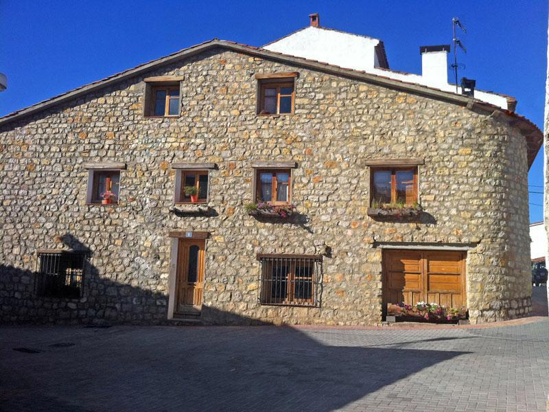 Casa rural de la era casa rural en huerta del marquesado for Casa rural priego cuenca