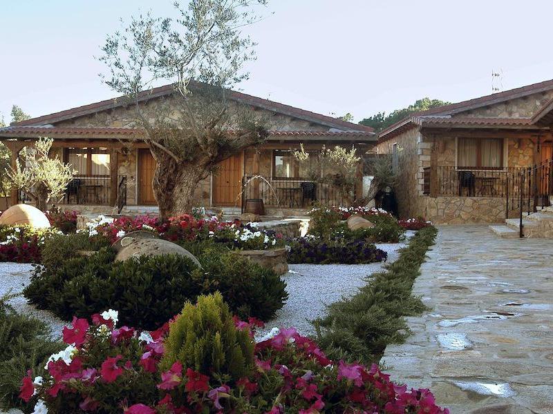 El encanto del valle del lozoya apartamentos tur sticos - Jardines con encanto ...