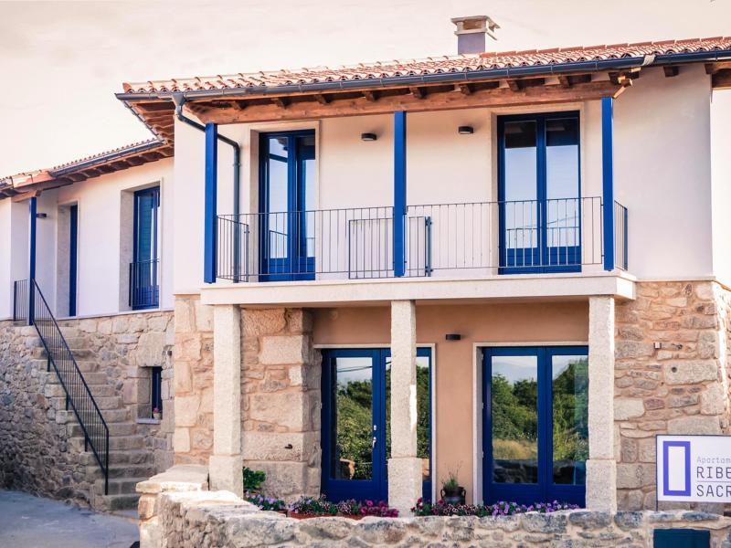 Apartamentos ribeira sacra apartamento rural en parada de sil ourense clubrural - Apartamentos alquiler ourense ...