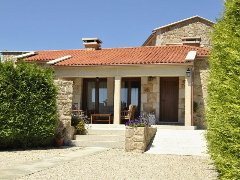 A casa de alicia casa rural en ribadumia pontevedra clubrural - Alquiler casa rural galicia ...