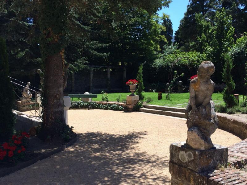 Finca villa angeles vivienda vacacional en el espinar for Finca villa jardin piedecuesta