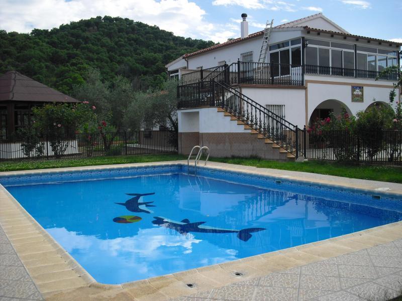 La colina casa rural en las navas de la concepcion for Casa rural sevilla piscina
