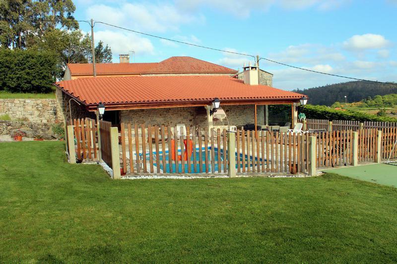 Fotos de casa de entremuros a coru a carballo clubrural - Casa a coruna ...