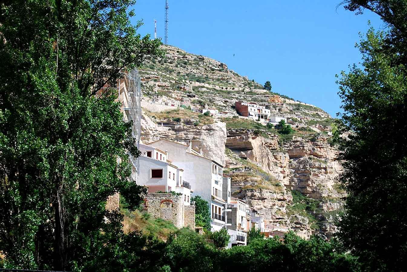 Fotos de la mansi n albacete alcala del jucar clubrural for Casa rural mansion terraplen seis