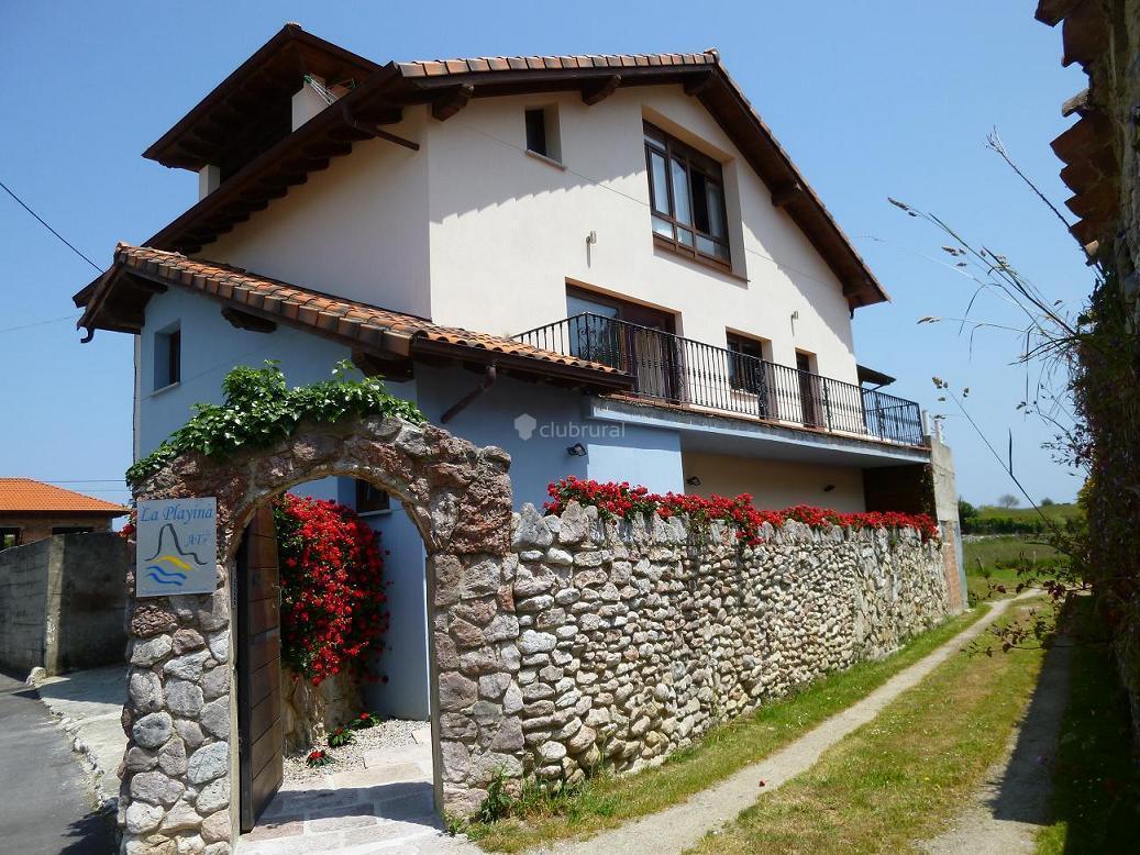 Fotos de apartamento la playina asturias cue clubrural - Apartamentos baratos asturias ...