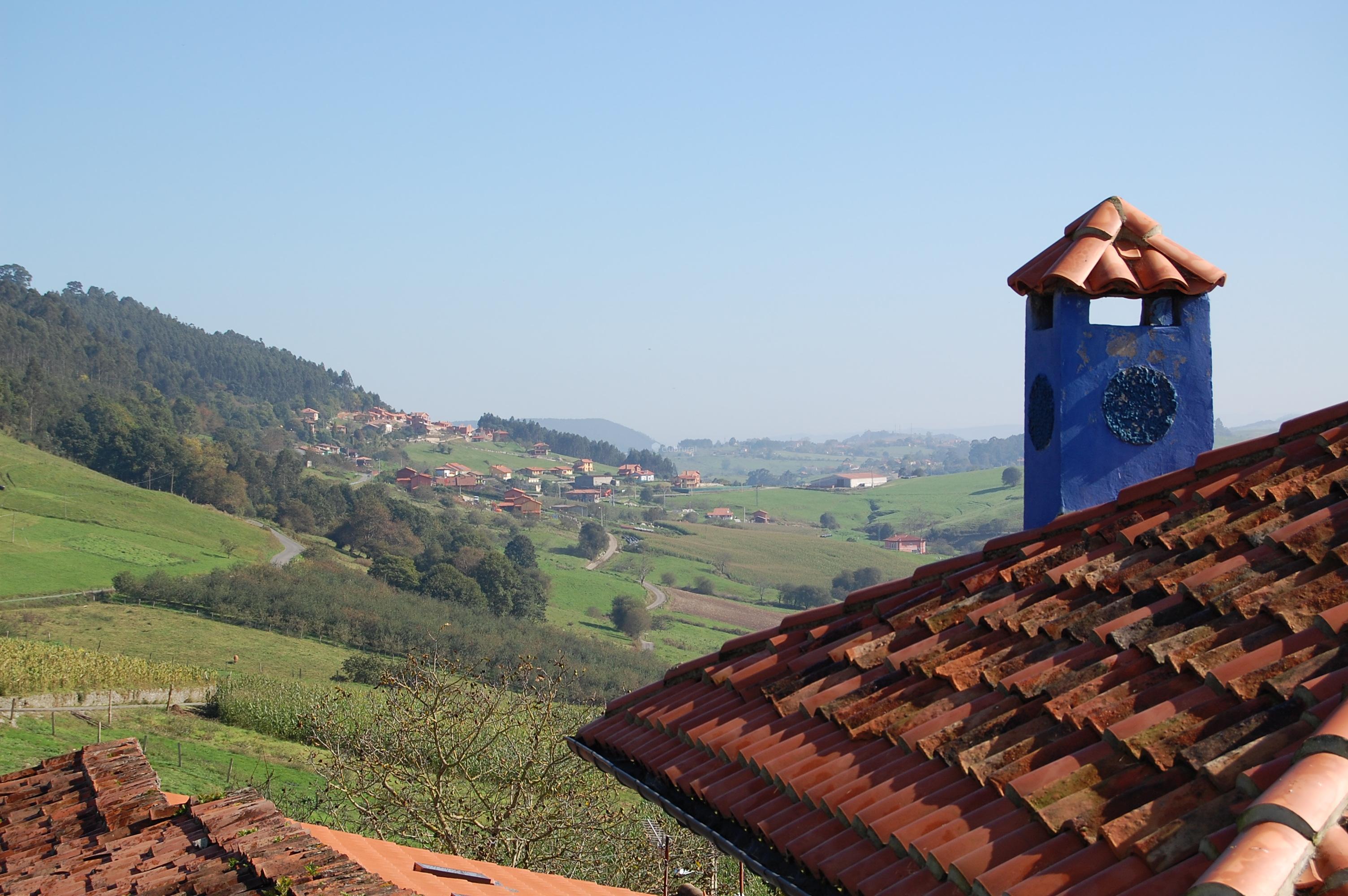Fotos de la casa del jard n asturias llanes clubrural for Casa rural jardin del desierto tabernas