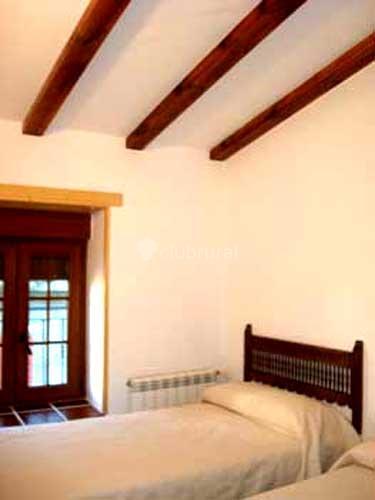 Fotos de casa naranja vila navalperal de pinares clubrural - Casa rural las navas del marques ...