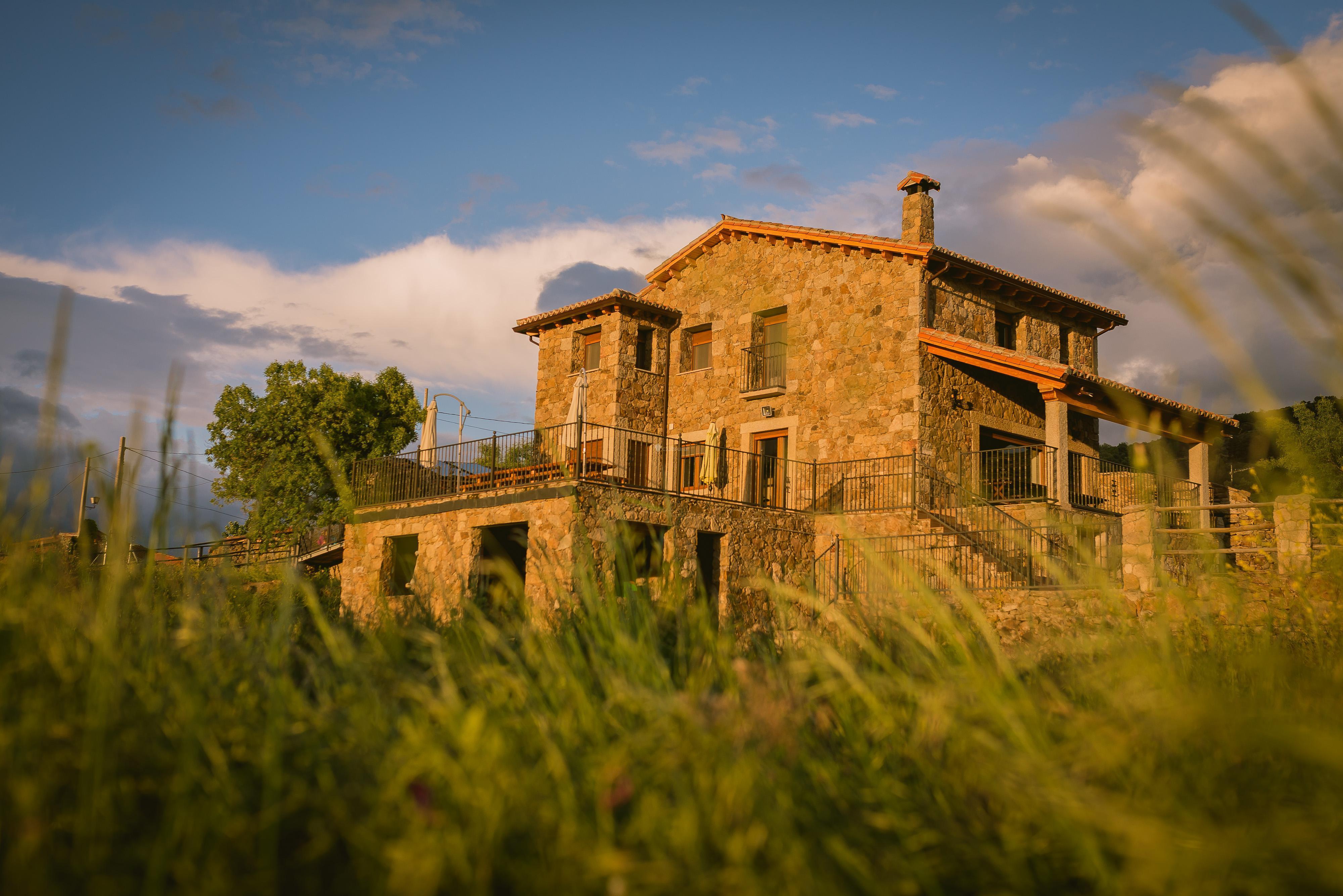 Fotos de alojamientos rurales piedrahita barco gredos vila la aldehuela clubrural - Casa rural la tramonera ...
