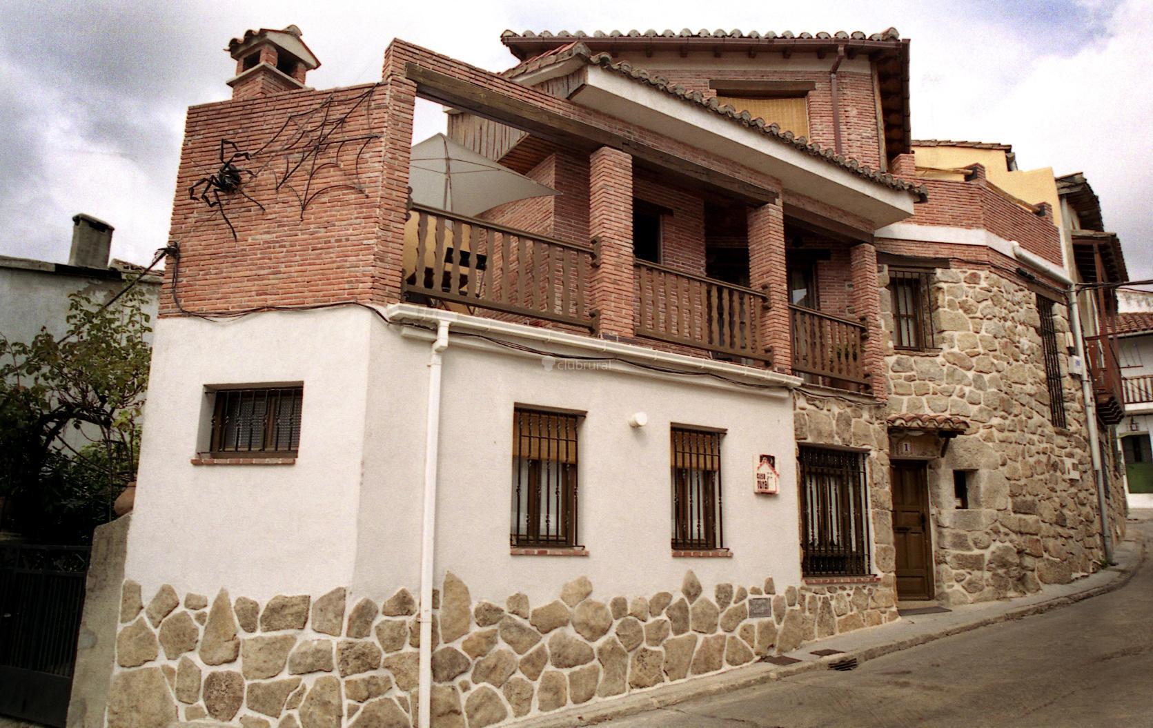 Fotos de casa rural la ara a vila piedralaves clubrural - Casa rural la tramonera ...
