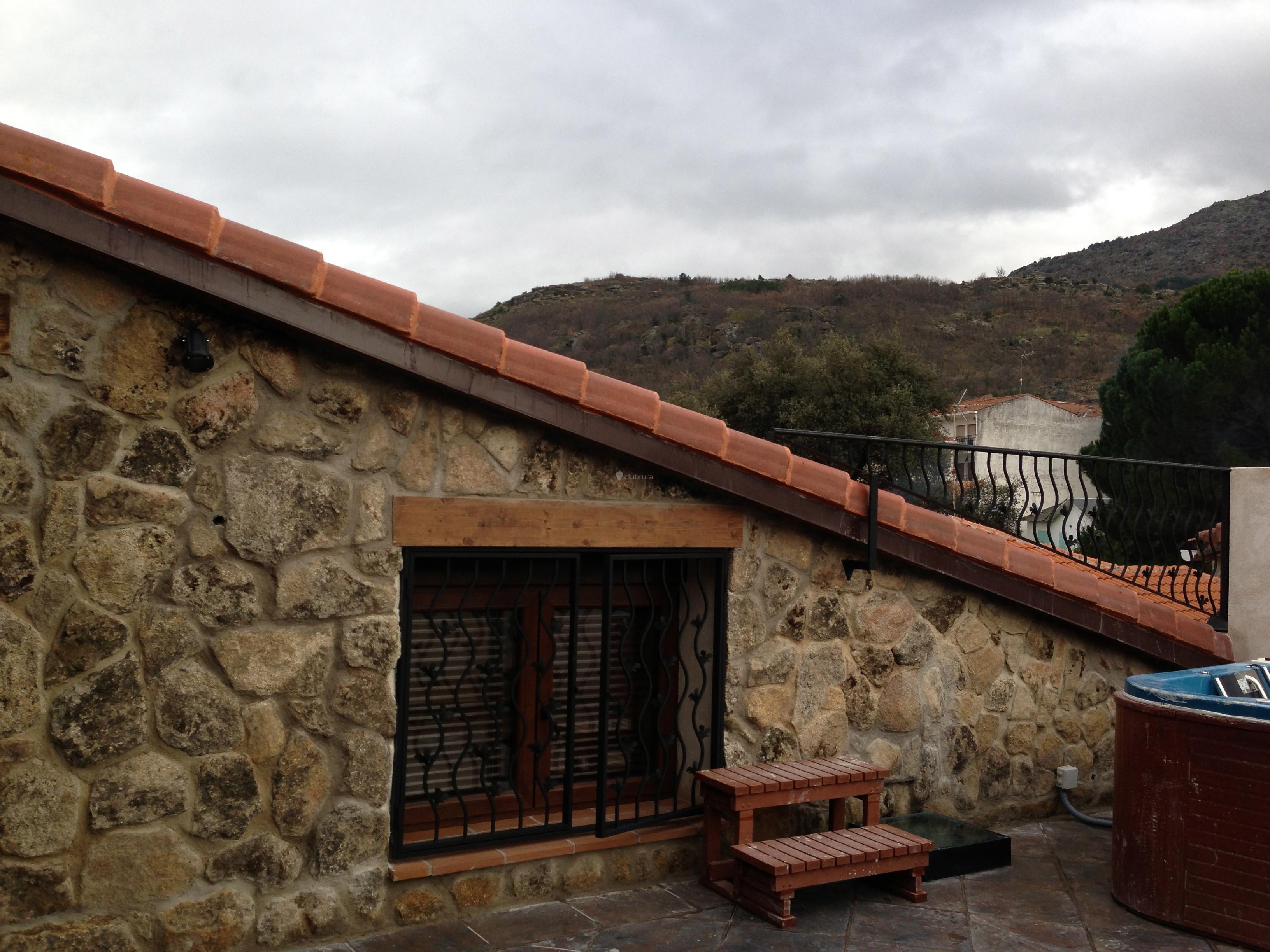 Fotos de casa rural la fortaleza vila navaluenga for Casa rural avila piscina