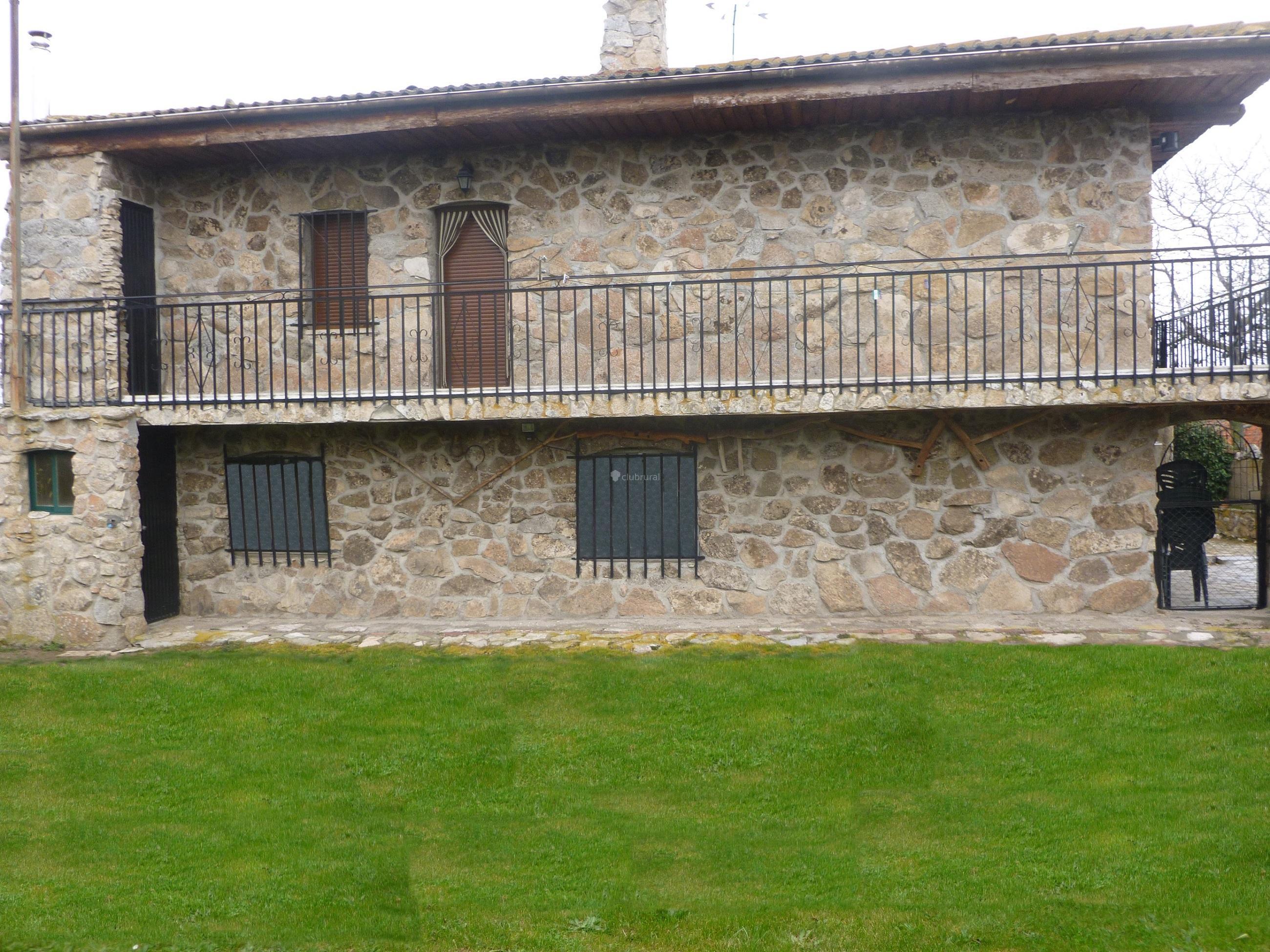 Fotos de casa rural la granja vila carde osa clubrural - Casa rural con granja ...