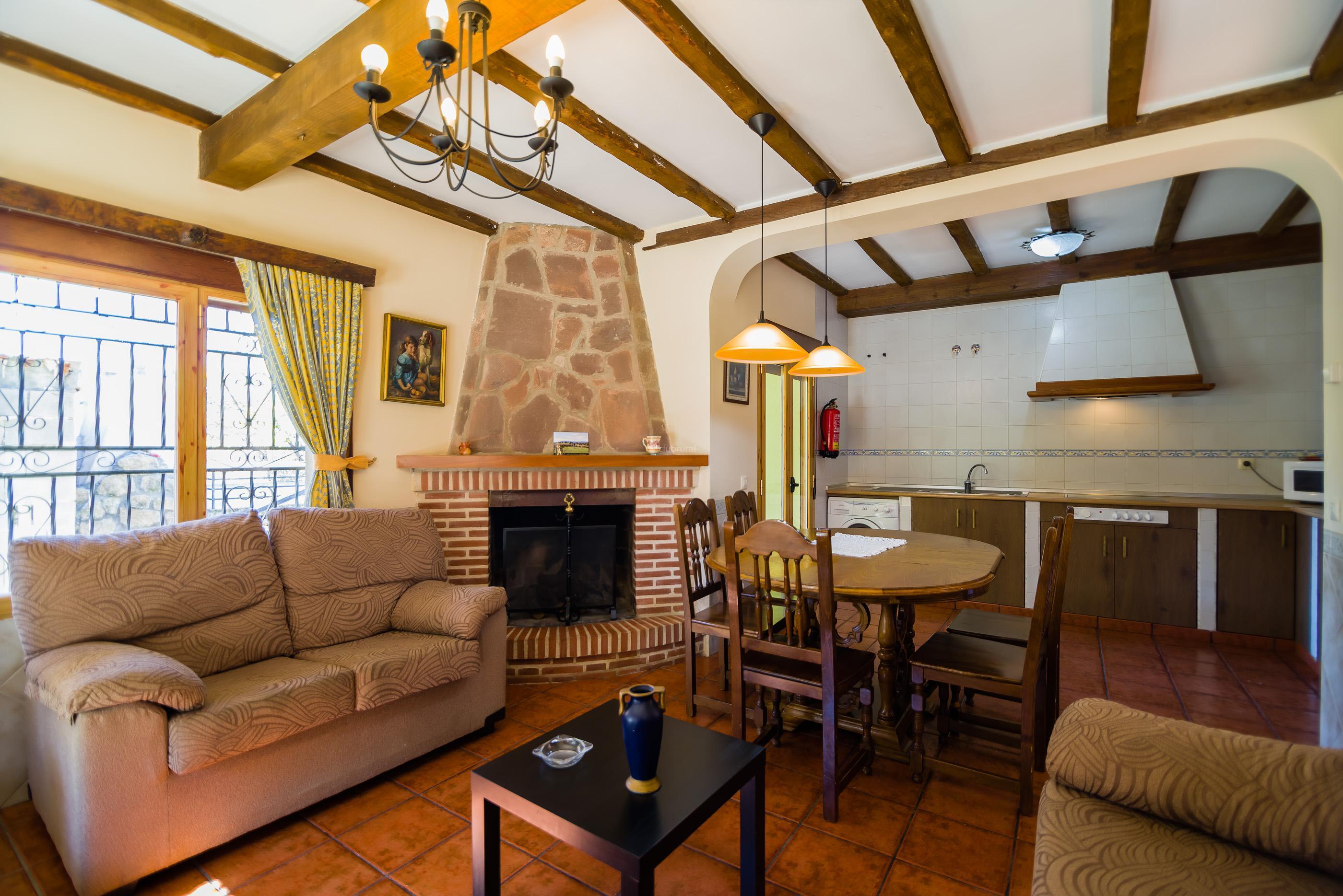 Fotos de casas rurales maury vila el barraco clubrural - Casa rural bellver de cerdanya ...