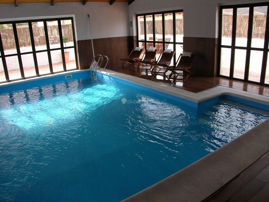 Fotos de complejo rural villanueva vila villanueva de for Complejo rural con piscina
