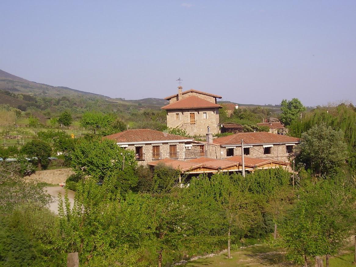 Fotos de ropino casa rural hotel vila candeleda - Casa rural colmenar de oreja ...