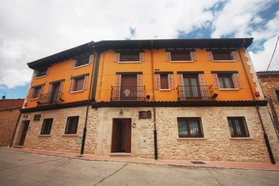 Fotos de las casas de moises burgos ba os de - Casa rural las lilas ...