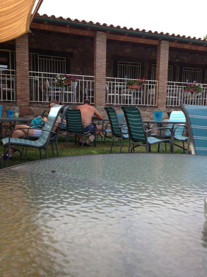 Fotos de casa rural buenos aires c ceres acebo clubrural for Casa jardin hostel buenos aires