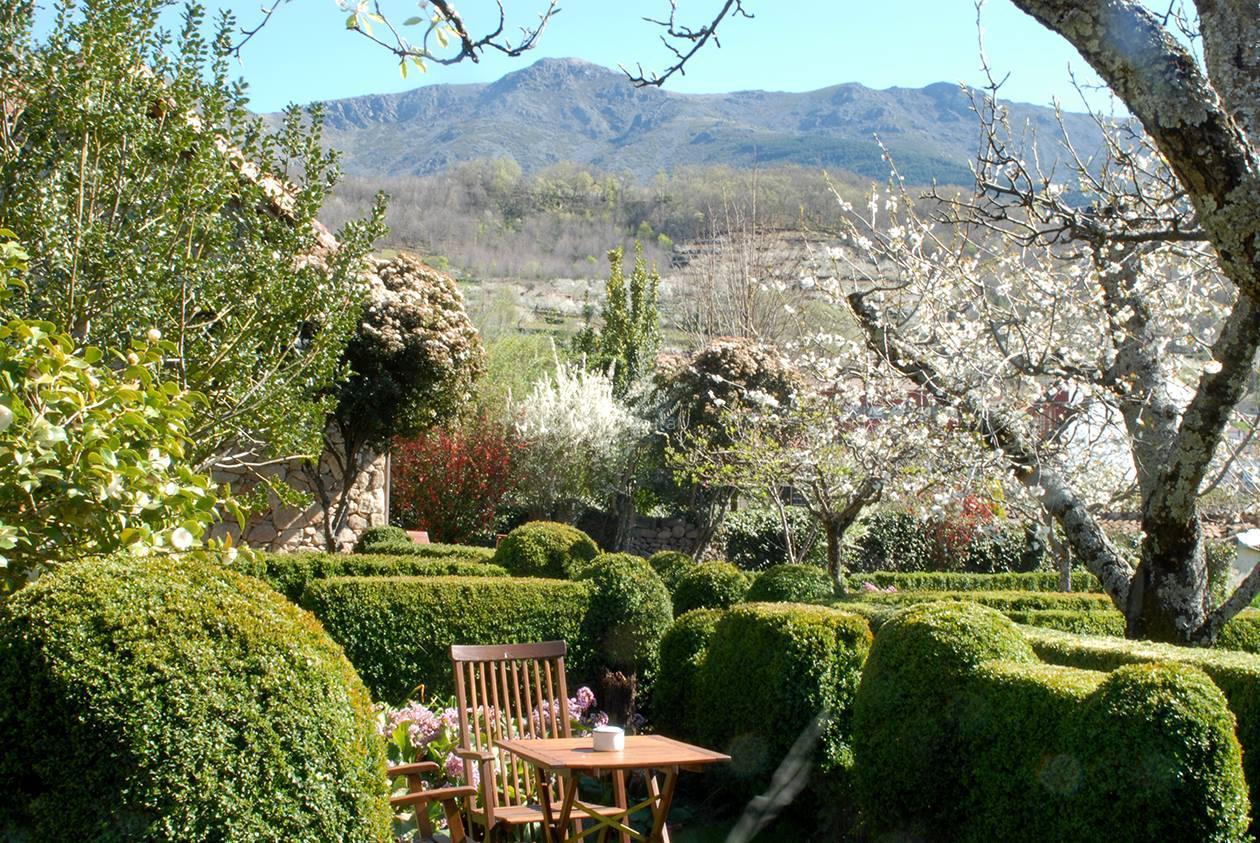 fotos de el jardin del convento c ceres hervas clubrural