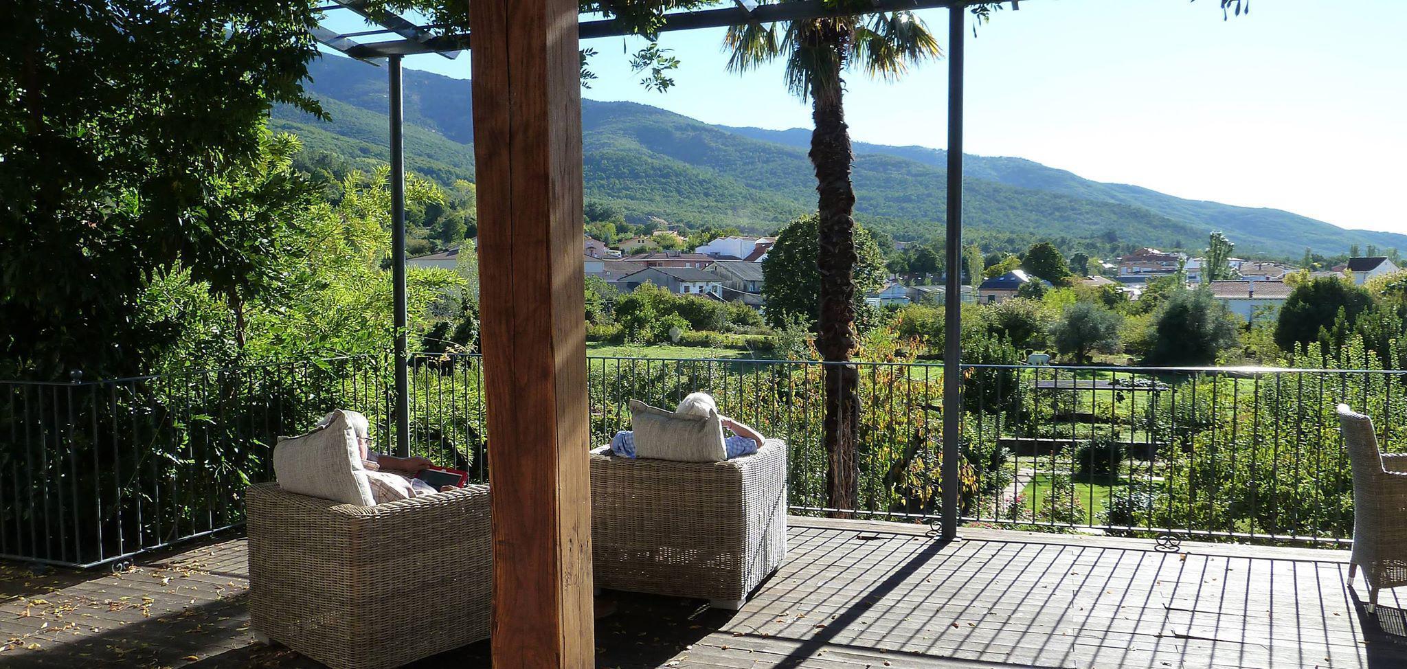 Fotos de el jardin del convento c ceres hervas clubrural for Casa rural jardin oriental