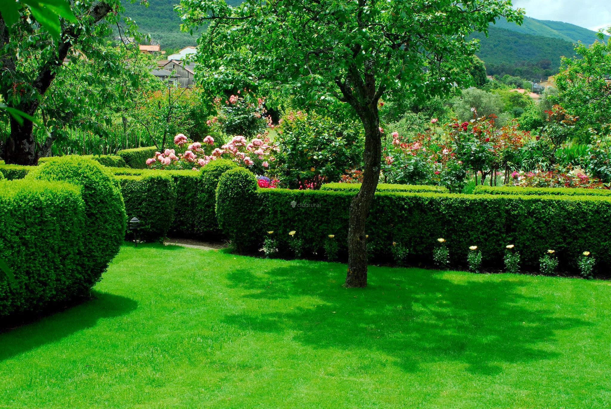 Fotos de el jardin del convento c ceres hervas clubrural for El jardin del deseo pendientes