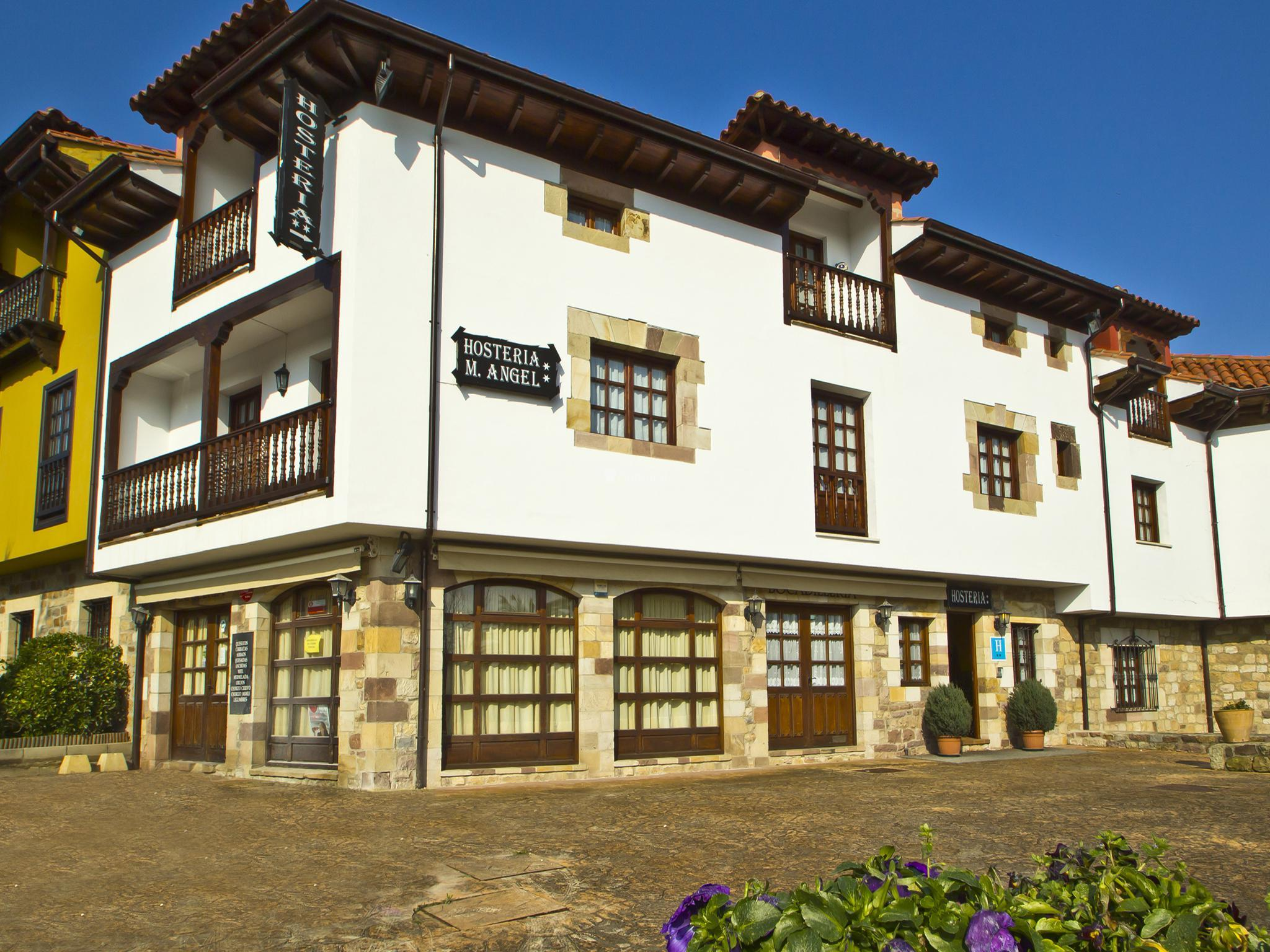 Fotos de hoster a miguel ngel cantabria santillana del mar clubrural - Miguel angel casas ...