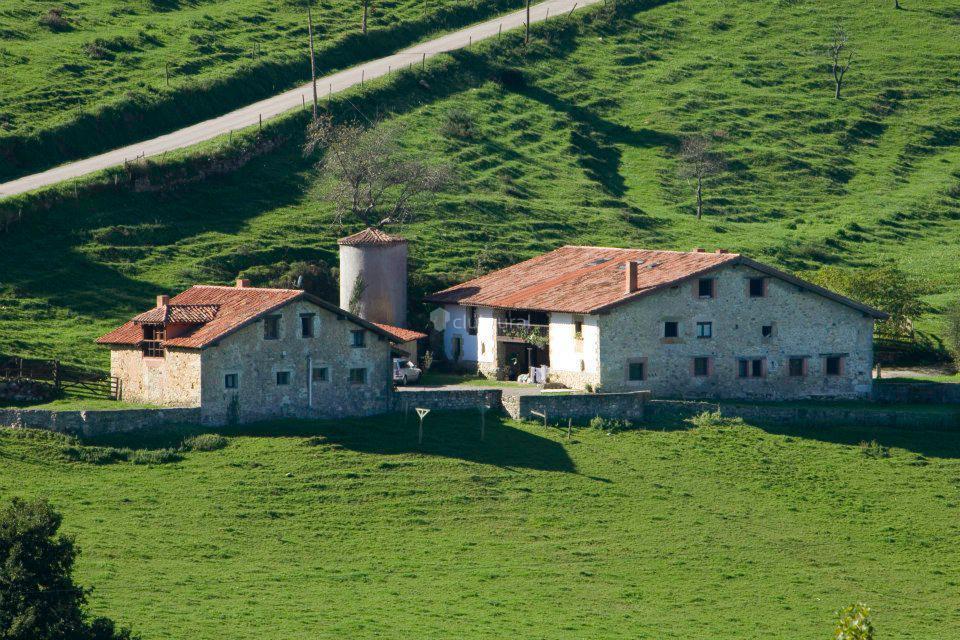 Fotos de primorias camijanes cantabria camijanes clubrural - Casas rurales cantabria alquiler integro ...