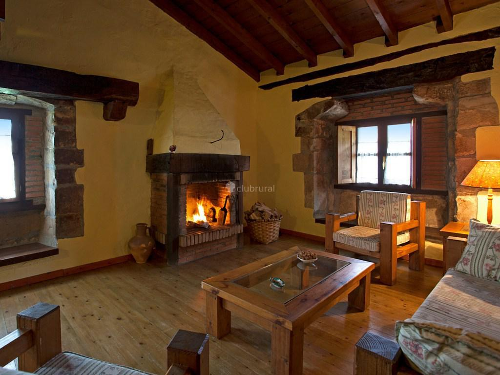Fotos de primorias camijanes cantabria camijanes for Casa rural mansion terraplen seis