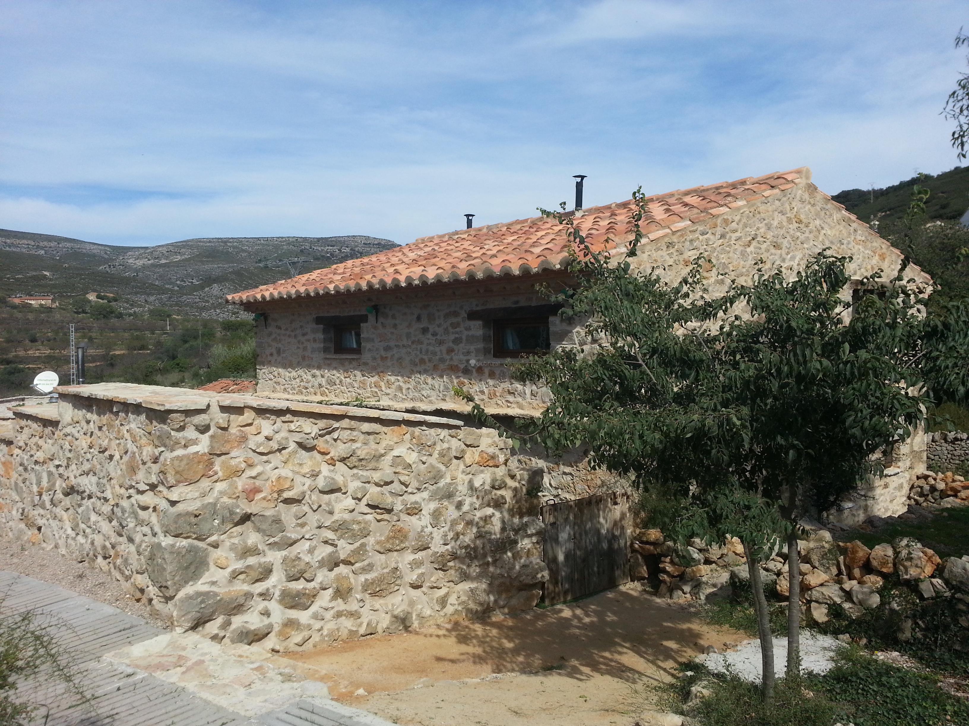 Fotos de aldea ecorural castell n vilar de canes - Casas rurales ecologicas ...