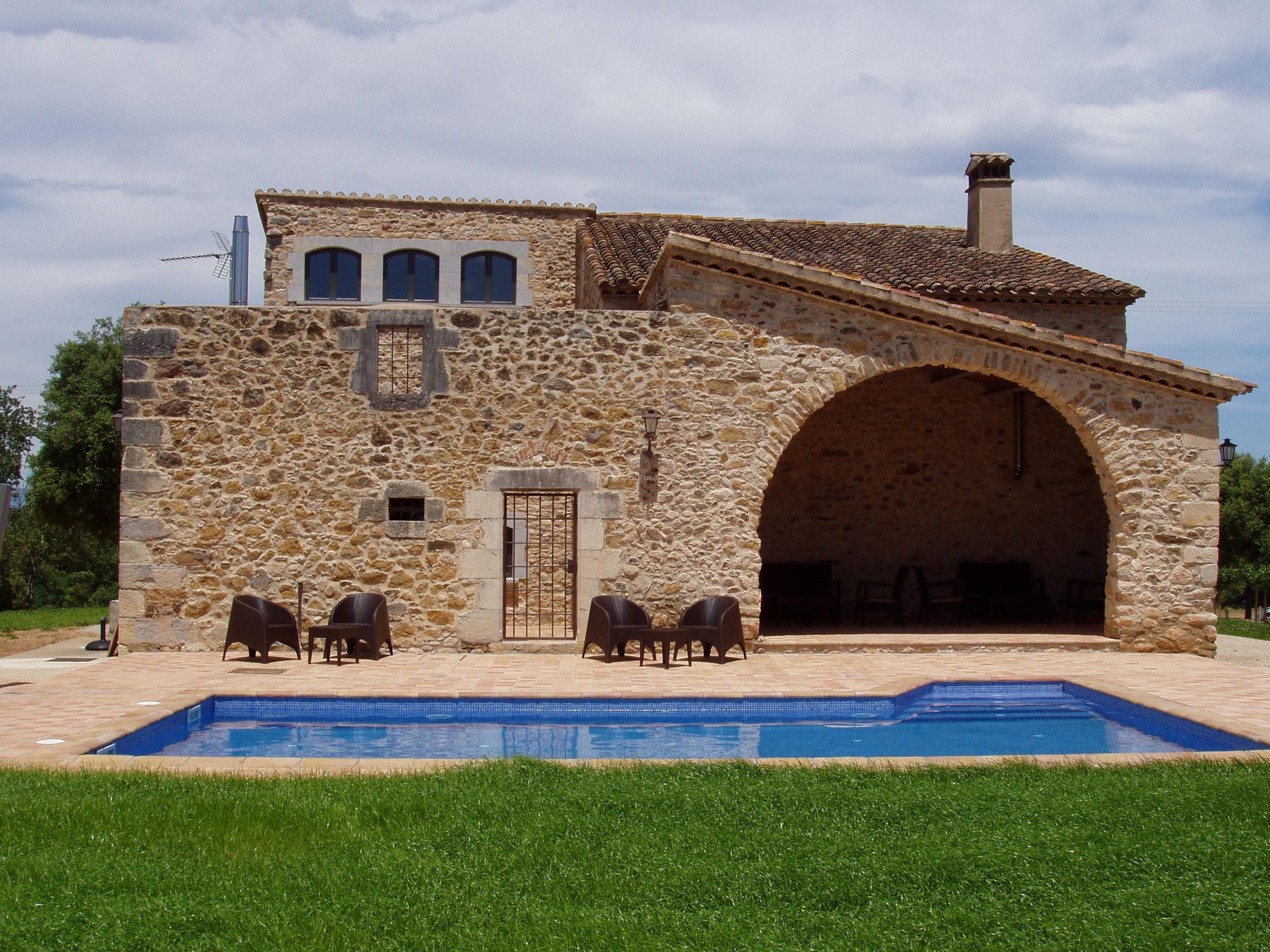 Fotos de mas trobat girona juia clubrural - Mas trobat casa rural ...