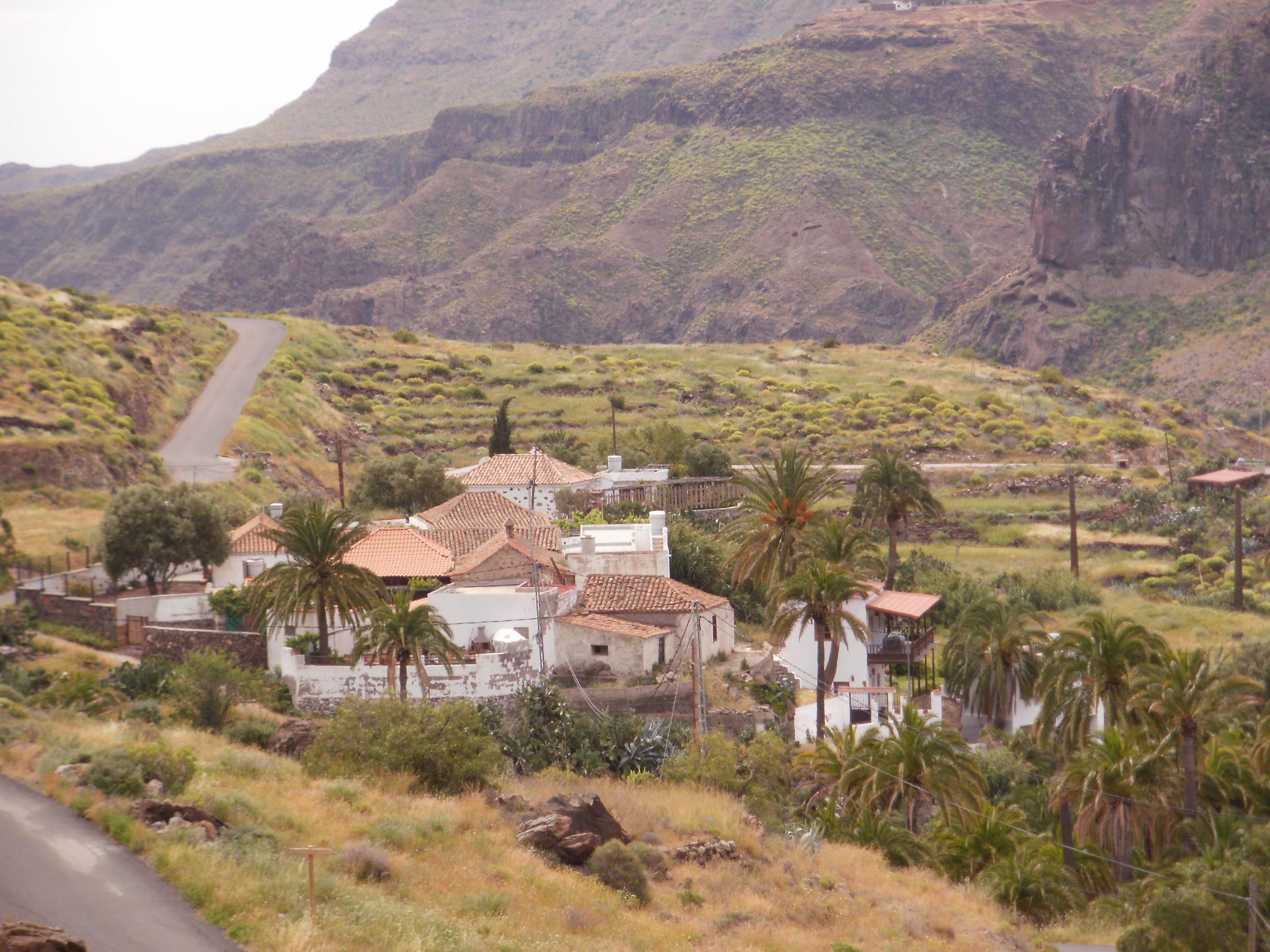 Fotos de la escuela de la sorrueda gran canaria santa lucia de tirajana clubrural - Ofertas casas rurales gran canaria ...