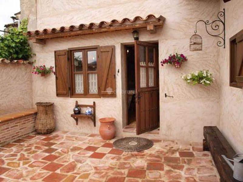 Fotos de casa rural loranca guadalajara loranca de - Patios rurales ...