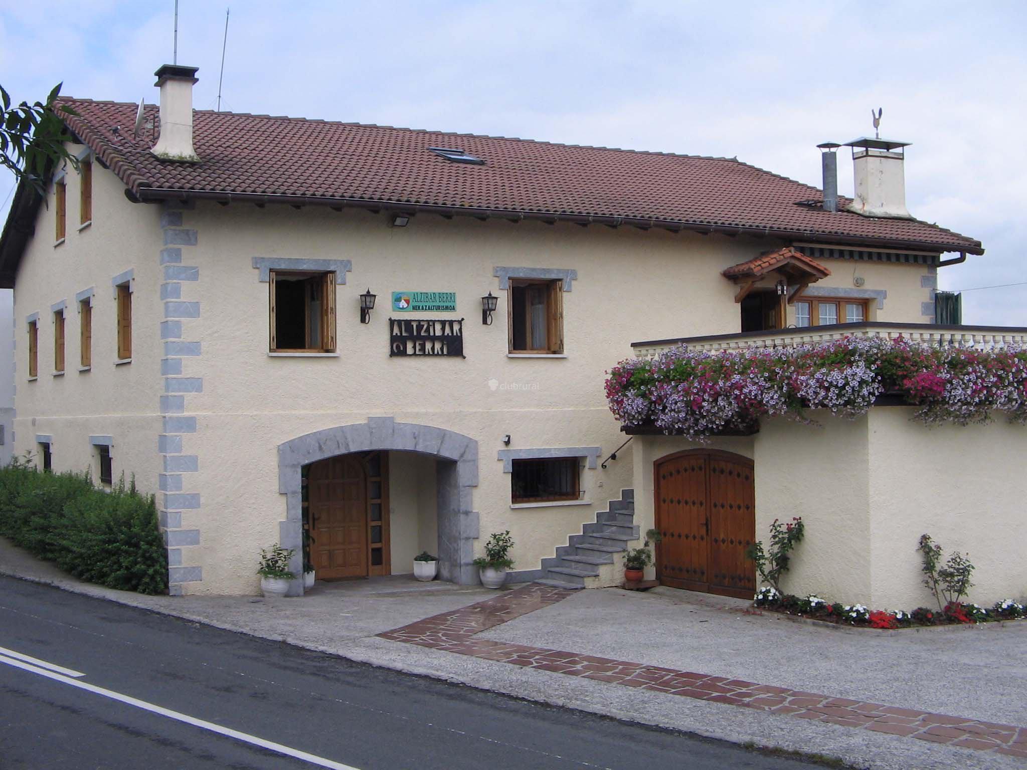 Fotos de casa rural altzibar berri guipuzcoa urnieta clubrural - Casa rural urnieta ...