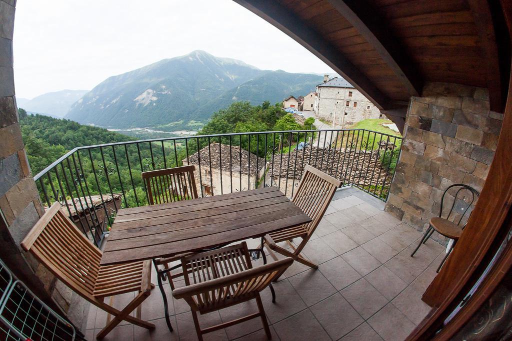 Fotos de balcon del pirineo rural ordesa huesca buesa - Casa rural con jacuzzi aragon ...