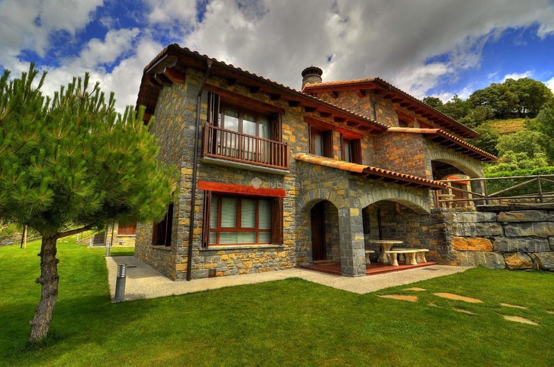 Fotos de casas rurales ordesa huesca belsierre clubrural - Casa rural xalet de prades ...