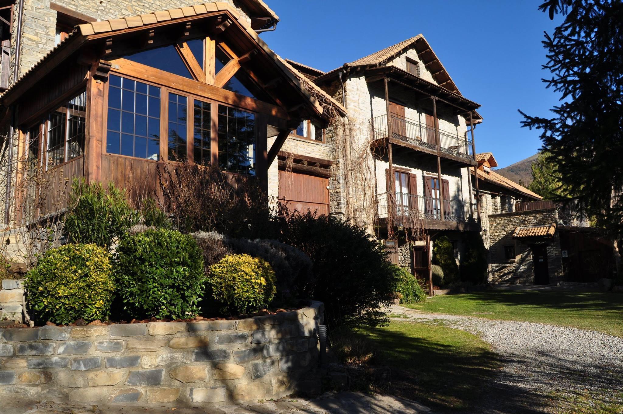 Fotos de los tres albares huesca lardies clubrural - Casa martin sarvise ...
