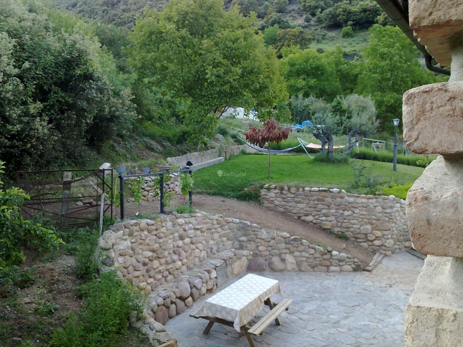Fotos de casa senderuela la rioja panzares clubrural - Jardines de azahar rioja ...