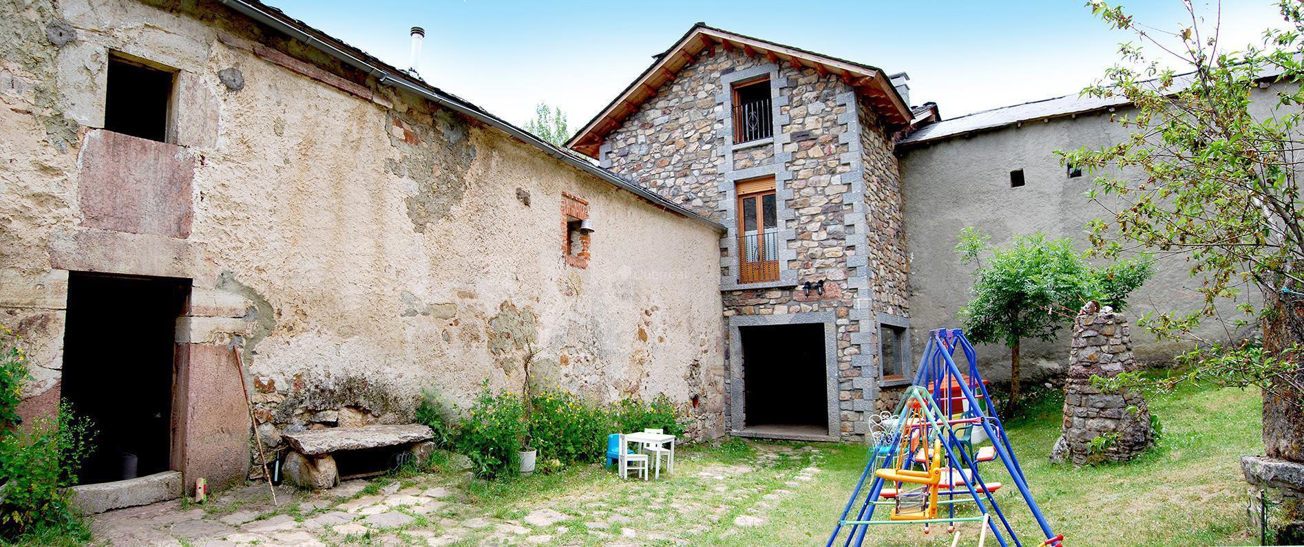 Fotos de casa rural las verdes le n cabrillanes - Casa rural las lilas ...