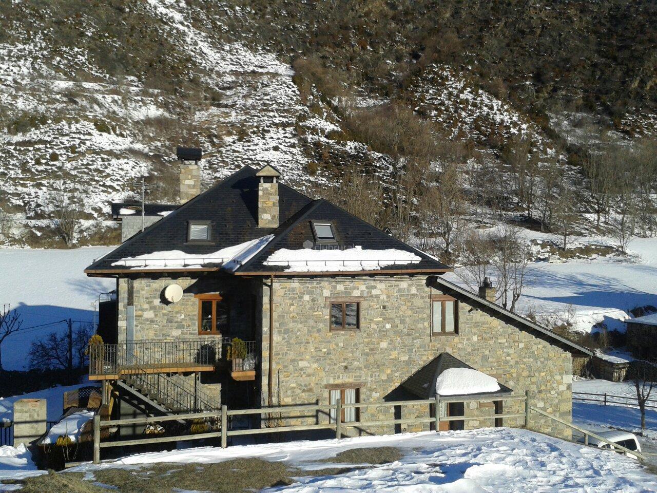 Fotos de casa pernall lleida erill la vall clubrural - Casa rural la vall de gavarresa ...