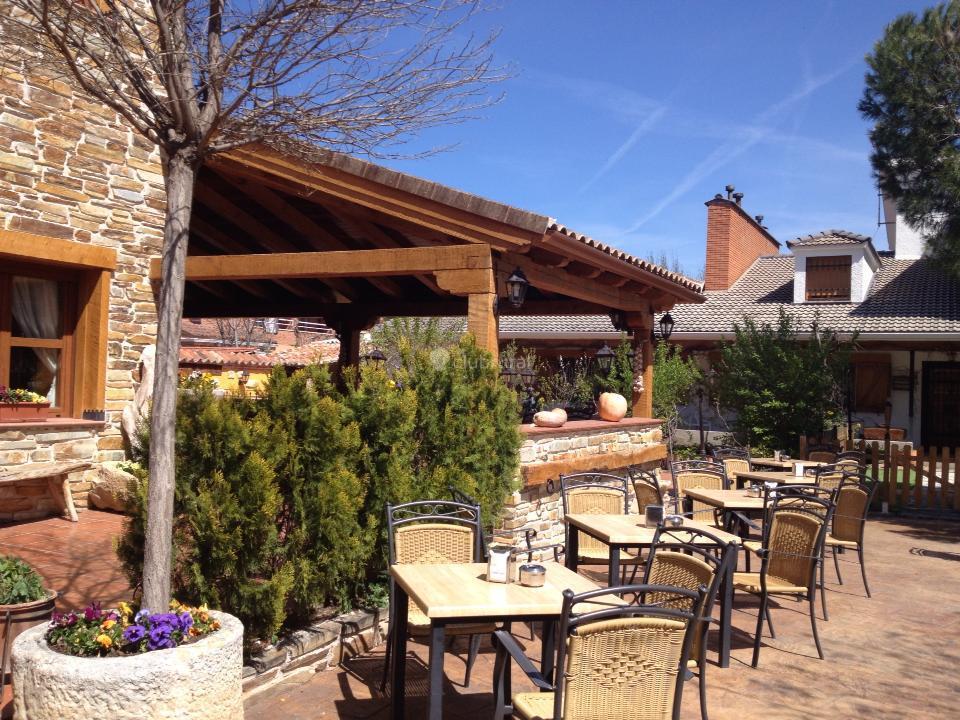 Fotos de casa rural el llantar de la sierra madrid for Casas rurales sierra de madrid con piscina