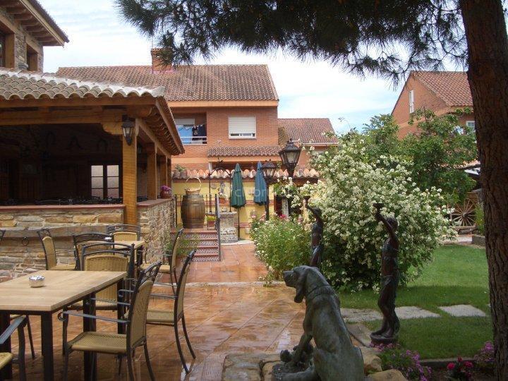 Fotos de casa rural el llantar de la sierra madrid for Casas de alquiler en la sierra de madrid