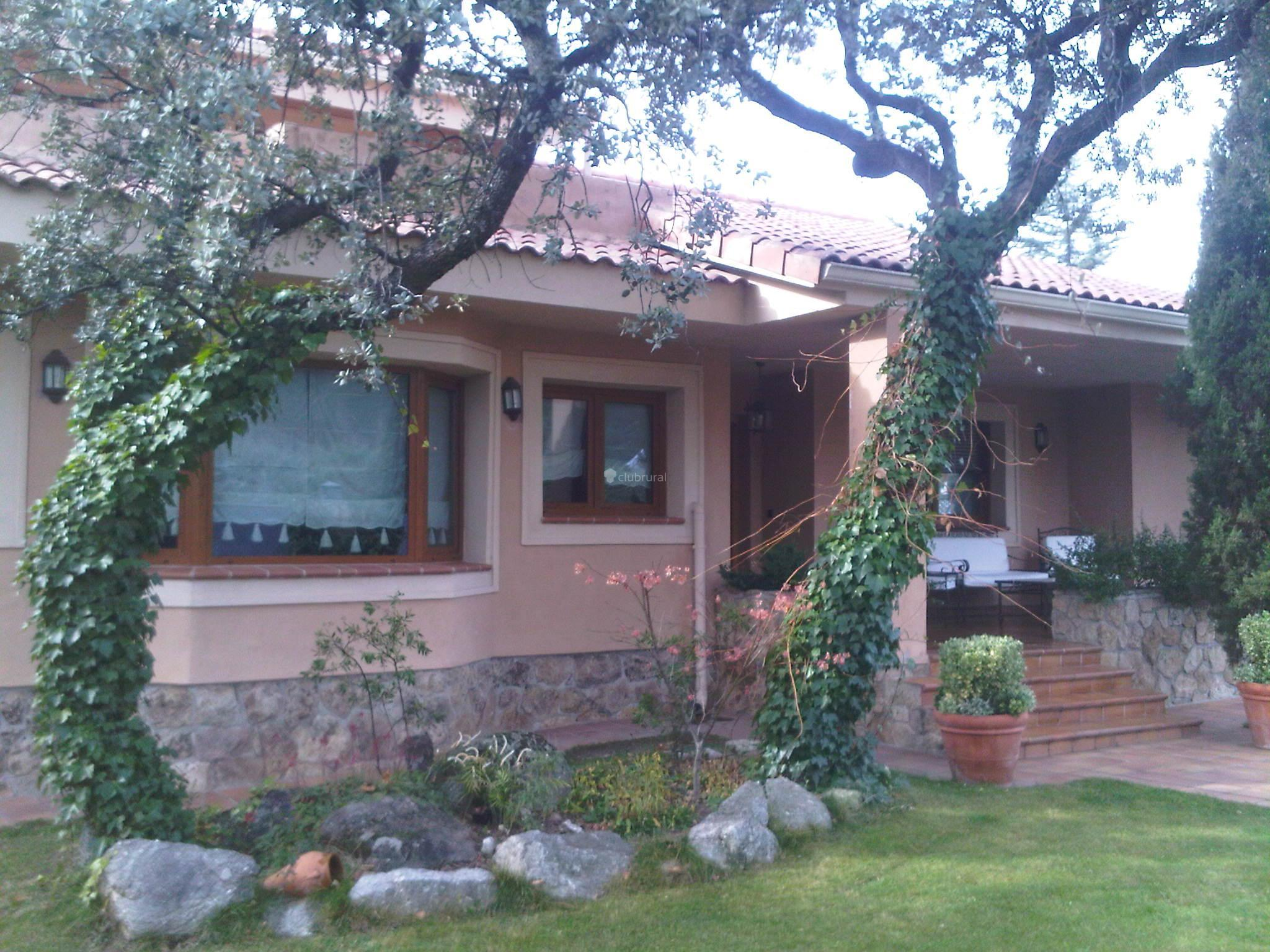 Fotos de casa valle sierra de guadarrama madrid for Casa rural sierra madrid piscina barbacoa