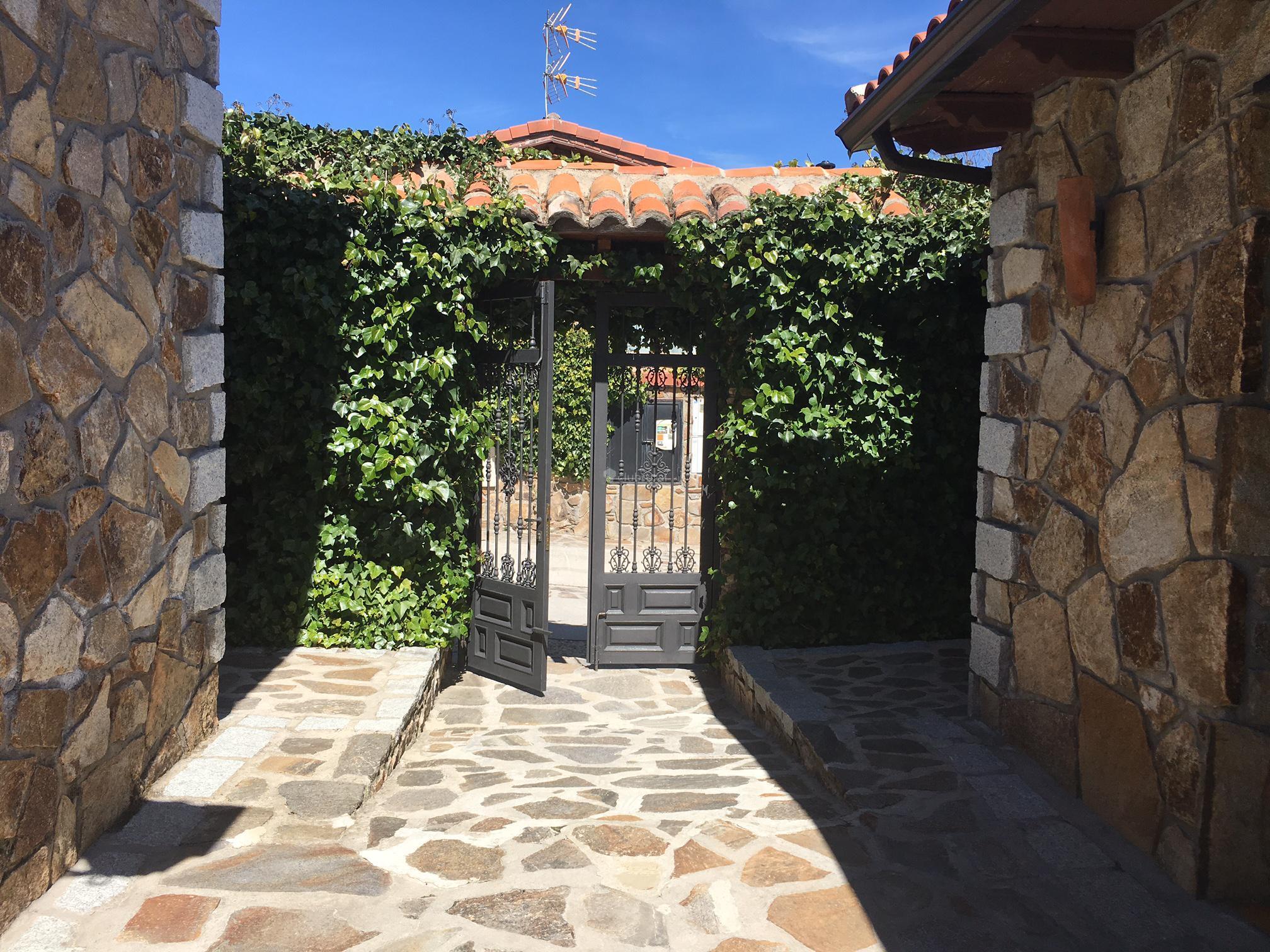 Fotos de el encanto del valle del lozoya madrid for Hoteles con encanto cerca de madrid con piscina
