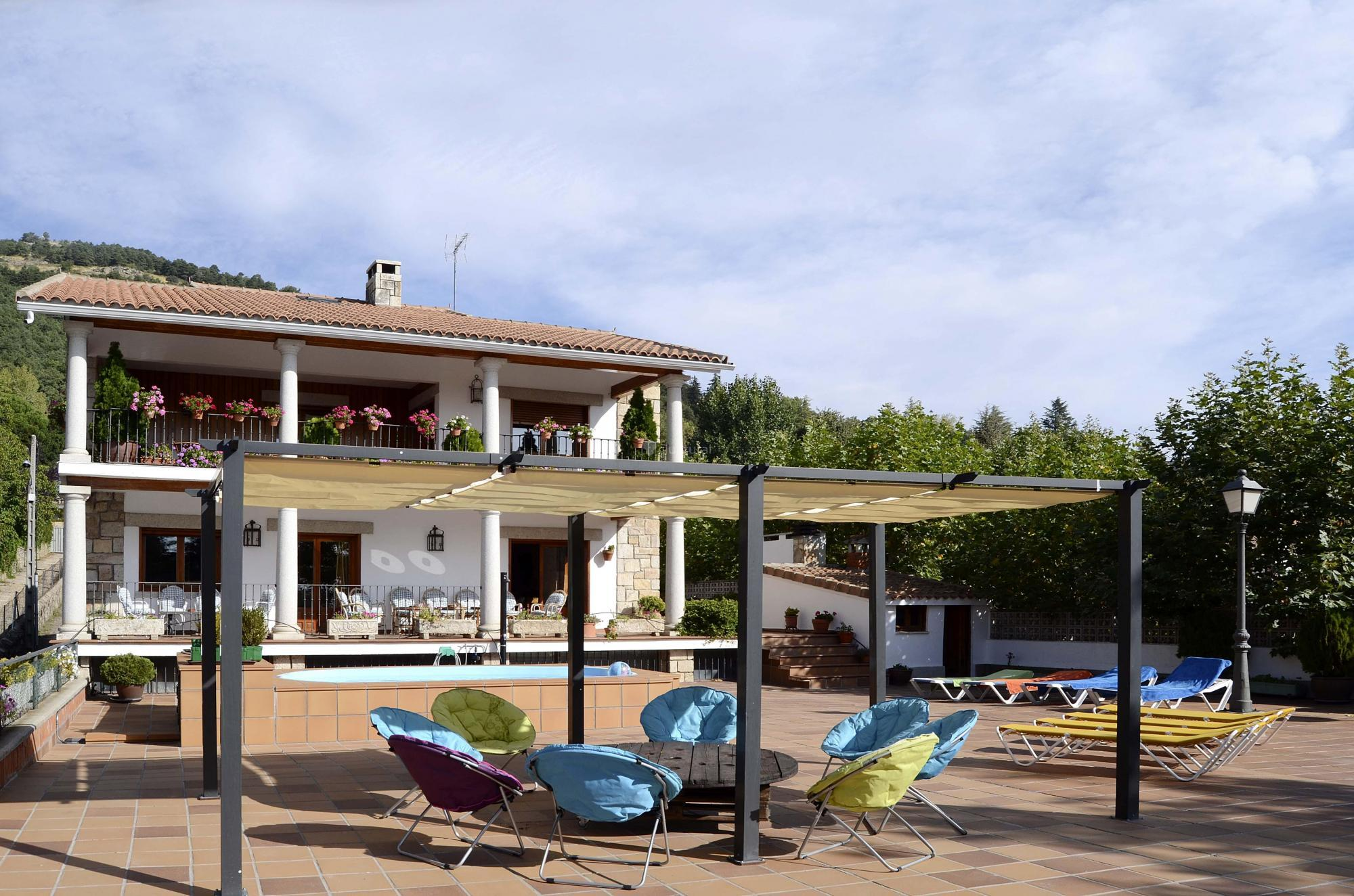 Fotos de la herr n madrid miraflores de la sierra for Casas de alquiler en la sierra de madrid