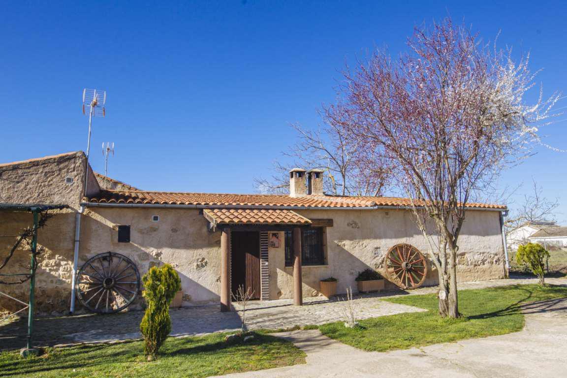 Fotos de casa faustino salamanca ciudad rodrigo clubrural - Casa rural salamanca jacuzzi ...