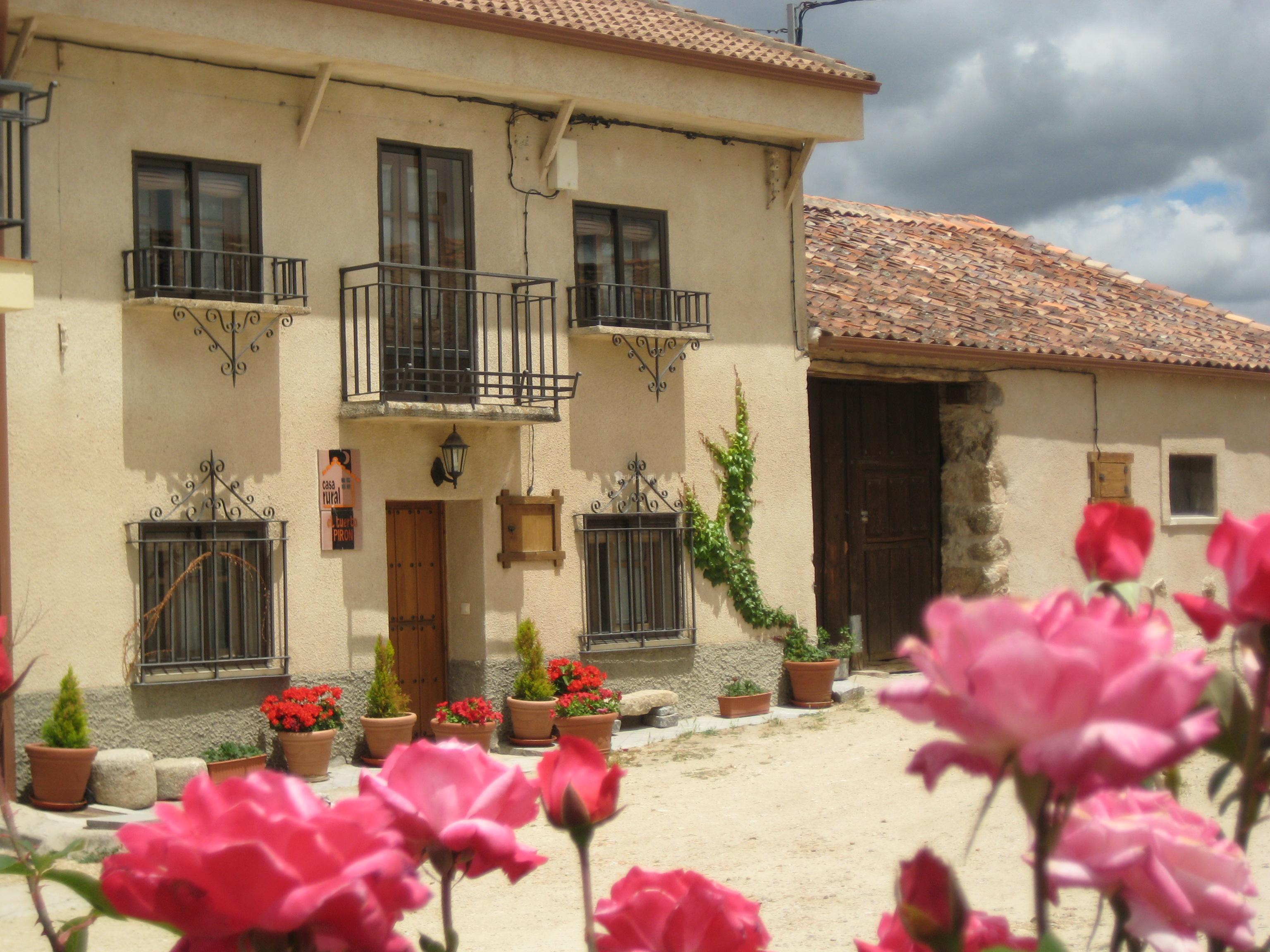 Fotos de casa rural el tuerto piron segovia santo - Apartamentos rurales segovia ...