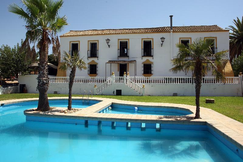 Fotos de hacienda santa ana sevilla carmona clubrural - Casa rural carmona ...