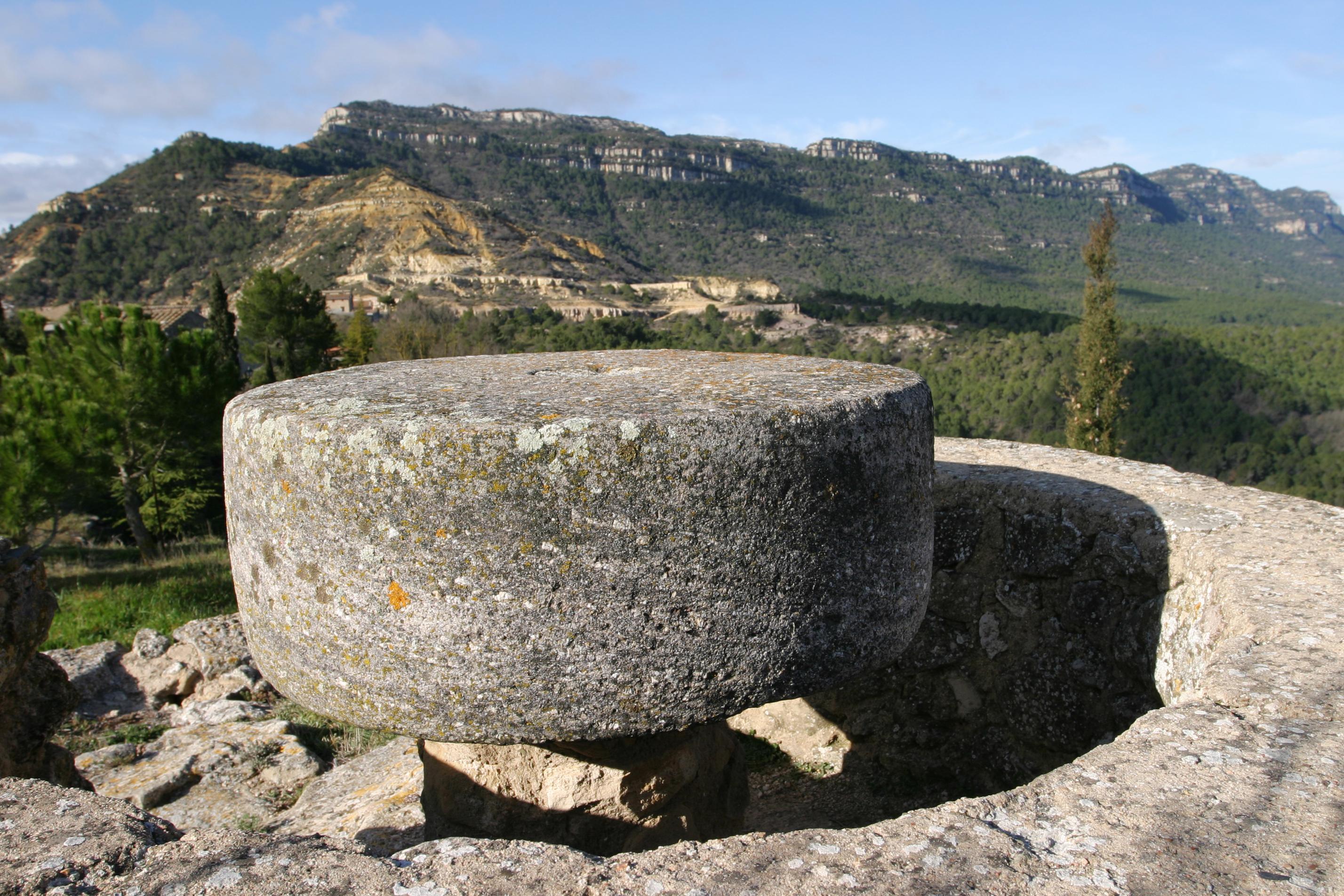Fotos de pla del castell i tarragona cornudella de for Casa rural tarragona