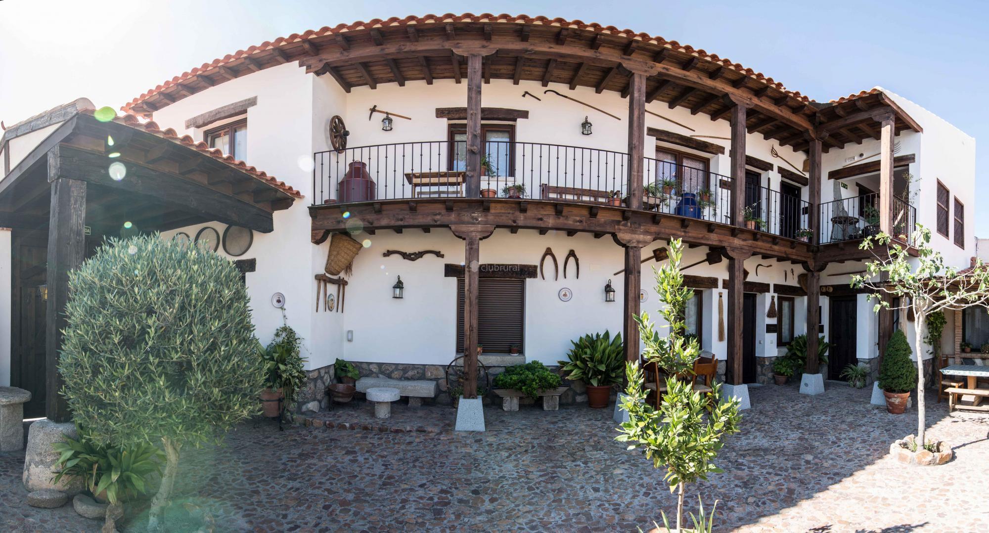 Fotos de casa la corrala toledo mazarambroz clubrural for Casa rural la balconada