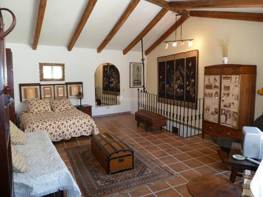 Fotos de casa montes de toledo toledo marjaliza for Casas rurales decoracion interior